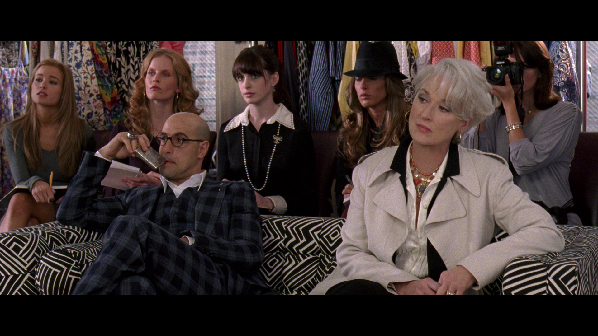 prada the devil is in When the devil wears prada came out in 2003, i learned two things about  the  film's devil takes the form of miranda priestly (played by the.